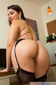 Valentina-Nappi-Naughty-Office-%28solo%29-76nwtnp7pf.jpg